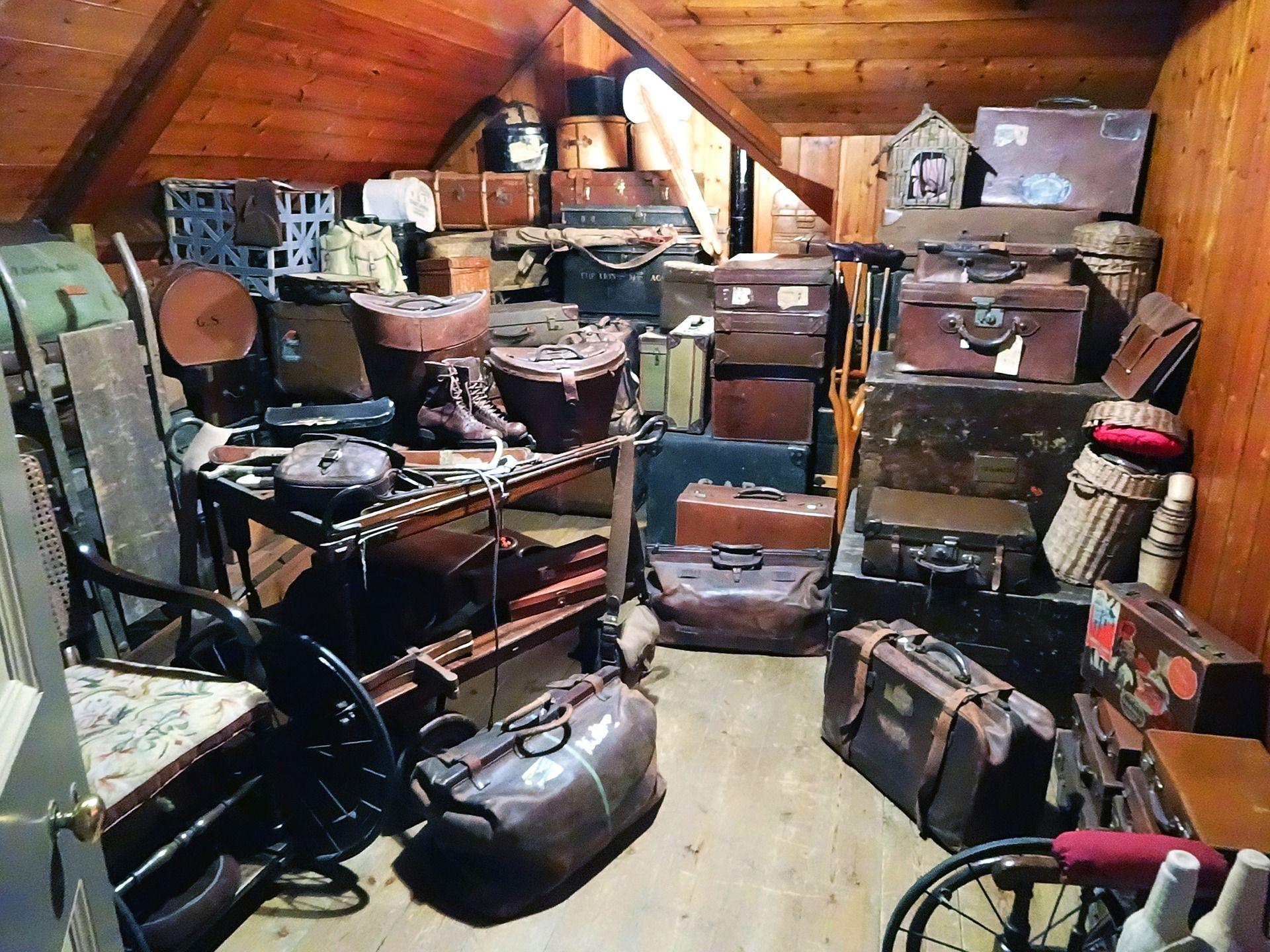 Vaciados Y Limpieza De Trasteros Recogida De Muebles Limpiezas  # Muebles Reto Asturias